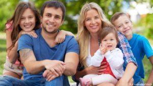 Сколько детей должно быть у семьи, чтобы она считалась многодетной в Беларуси